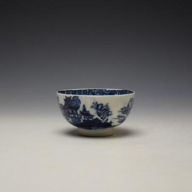 Lowestoft Dark Landscape Pattern Teabowl and Saucer c1790-1800 (4)