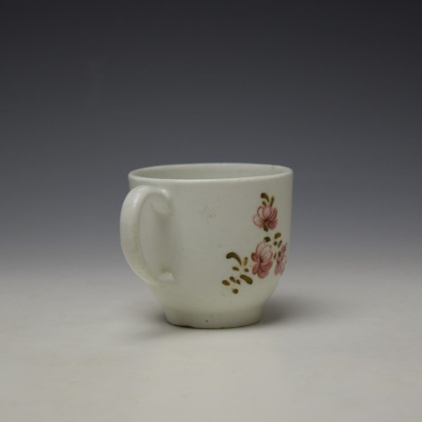 Lowestoft Early Tulip Painter Coffee Cup c1768-72 (4)