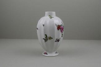 Worcester Porcelain European Flowers Pattern Fluted Tea Canister, C1765-68 (2)