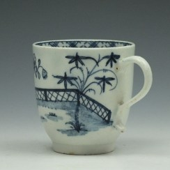 Lowestoft Porcelain Fence Peony Bamboo Pattern Coffee Cup c1770-75 (5)