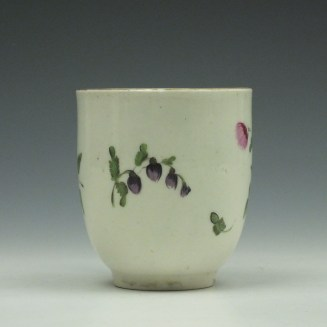 Worcester Porcelain Floral Pattern Coffee Cup c1775 (2)