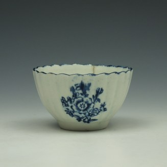 Lowestoft Fluted Floral Sprays Pattern Teabowl c1775-80 (3)
