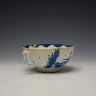 Bow Golfer and Caddy Pattern Breackfast Sized Teacup c1758-62 (5)
