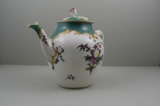 Worcester Porcelain James Giles Spotted Fruit Pattern Teapot, Cover and Stand, C1770 (3)