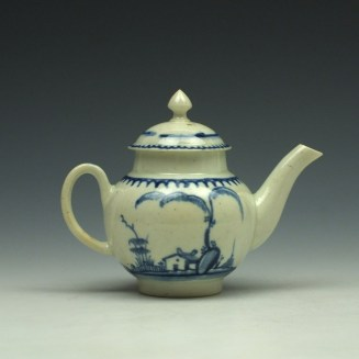 Liverpool John Pennington House Fence and Willow Pattern Toy Teapot c1775-85 (5)