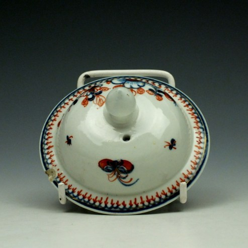 Liverpool John Pennington Profile Bud Pattern Teapot and Cover c1775-85 (10)