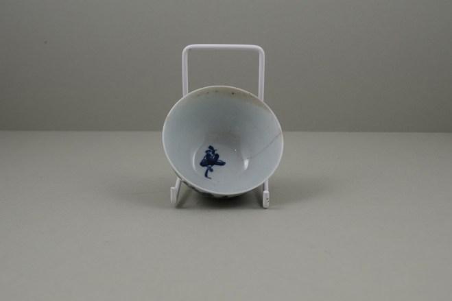Worcester Porcelain Lanslip Pattern Teabowl and Saucer, C1755-60 (9)