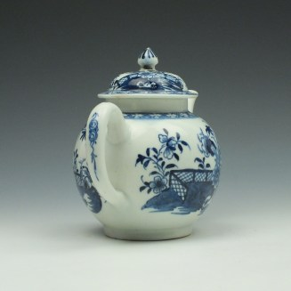 Lowestoft Porcelain Fence Peony Willow Pattern Teapot and Cover c1770-75 (5)