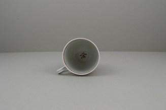 Worcester Porcelain Mandarin Chasing Ducks Pattern Coffee cup, C1770-80 (9)