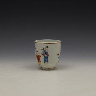 Worcester Mandarin Lady and vase Pattern Coffee Cup c1770-80 (2)
