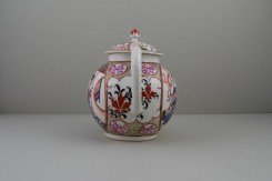 Caughley Mandarin Pattern Teapot and Cover, C1780 (7)