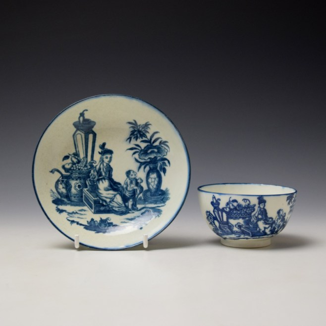 Caughley Mother and Child Pattern Teabowl and Saucer c1776-90 (1)