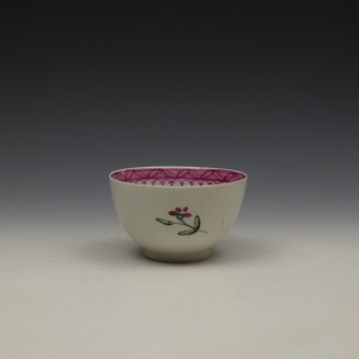 New Hall Rose and Floral Sprays Within a Pink Border Pattern Teabowl and Saucer c1800 (3)