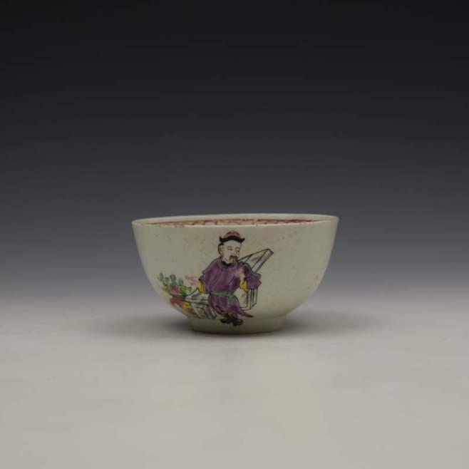 Liverpool Philip Christian Mandarin Conjurer Pattern Sugar Bowl, C1768-72 (1)