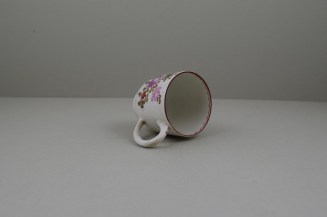 Lowestoft Porcelain Pink and Purple Flowers Tulip Painter Coffee Cup, C1770-75 (9)
