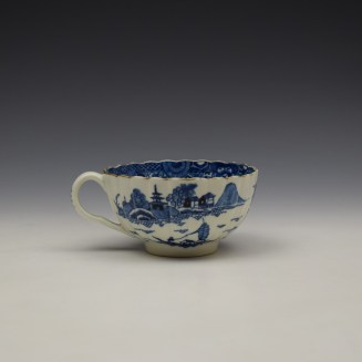 Worcester The Caughley Temple Pattern Teacup and Saucer c1780-90 (4)