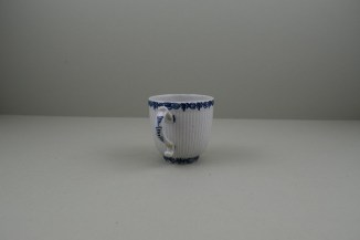Lowestoft Porcelain Early Ribbed Flower Flower Band Border Pattern Coffee Cup, C1760-65 (5)