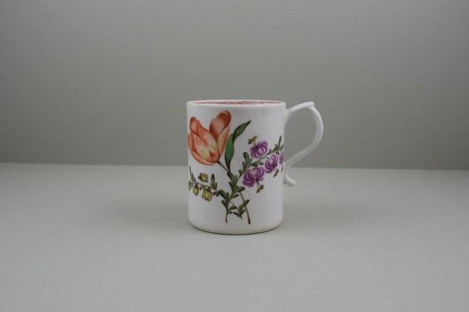 Lowestoft Porcelain Tulip Painter Mug, C1768-70. 1