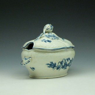 Worcester Wildflower Sprays Tureen and Cover c1775-80 (2)