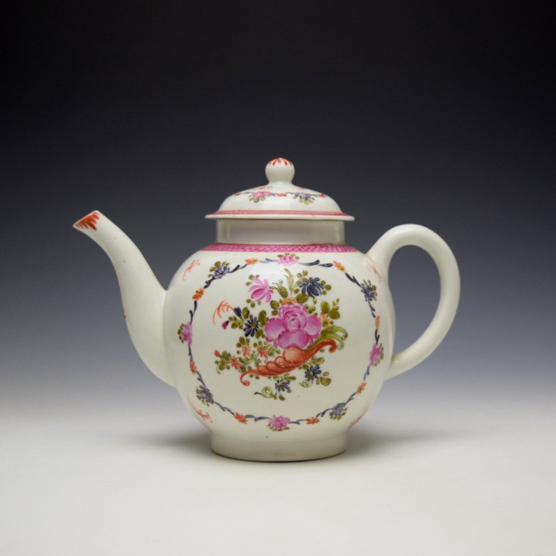 Lowestoft Rose and Cornucopia Within a Floral Garland Pattern Teapot and Cover c1775-80 (1)