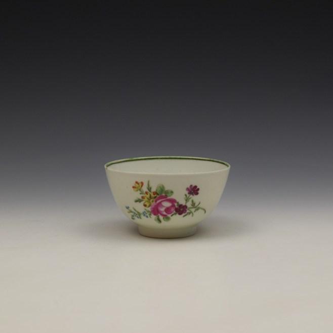 Lowestoft Rose and Floral Sprays Pattern Teabowl c1790-1800 (1)