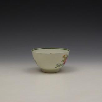 Lowestoft Rose and Floral Sprays Pattern Teabowl c1790-1800 (2)