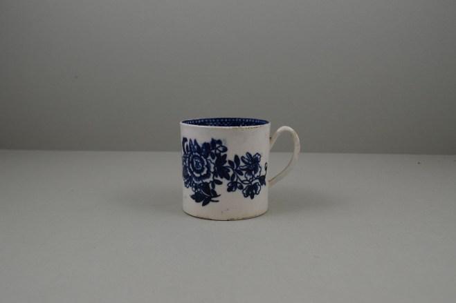 Liverpool Porcelain Seth Pennington Peony Pattern Coffee Can, C1790 (1)