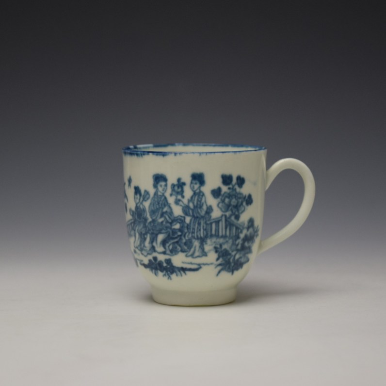 Worcester Three Ladies Pattern Coffee Cup c1770-80 (1)