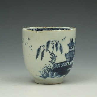 Lowestoft Two Story House and River Pattern Coffee Cup c1785-95 (2)