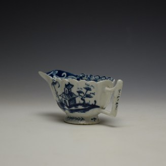 Lowestoft Chinese Island and Pagoda Pattern Butterboat c1765 (7)