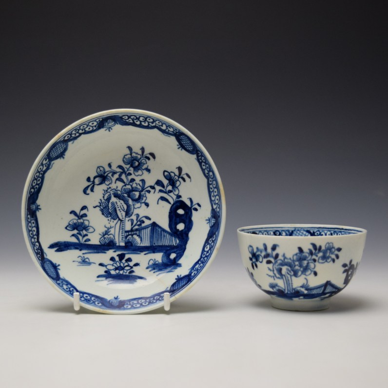 Lowestoft Flowering Plant Holed Rock and Fence Pattern Teabowl and Saucer c1780-85 (1)