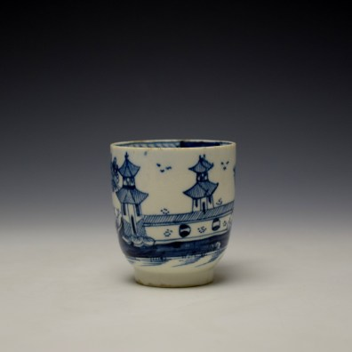 Lowestoft Gatehouse and Walled Garden Pattern Coffee Cup and Saucer c1785-90 (3)