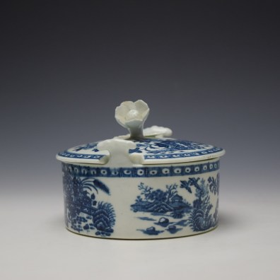 Worcester Fence Pattern Butter Tub and Cover c1765-85 (2)