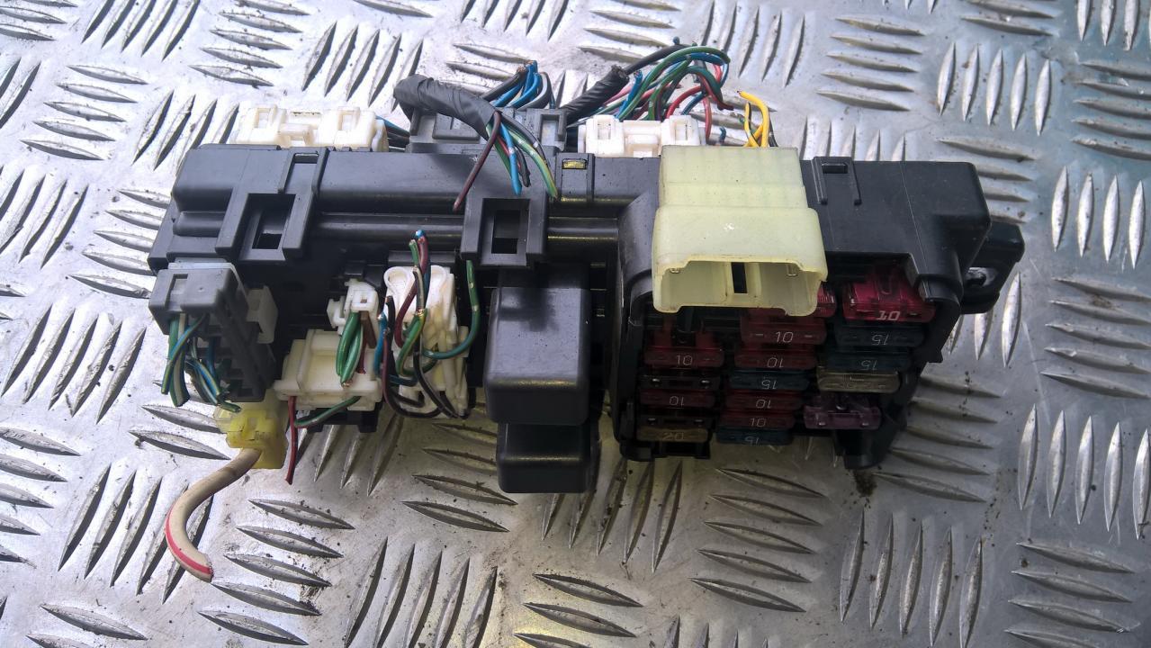 3d194498 fuse box mitsubishi pajero 1993 3 0l 20eur eis00098256 [ 1279 x 720 Pixel ]