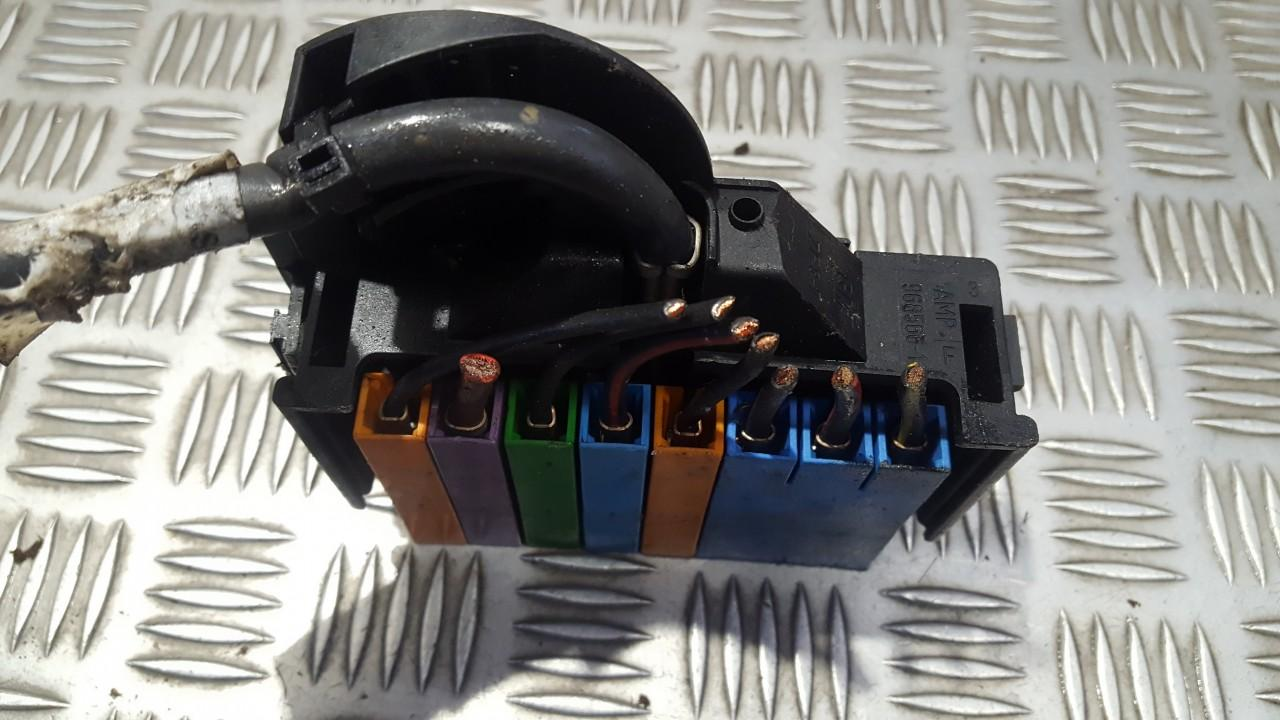small resolution of used used fuse box opel astra 2001 1 6l 9eur eis00508026