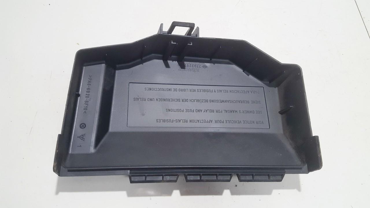renault megane 07 fuse box [ 1280 x 720 Pixel ]
