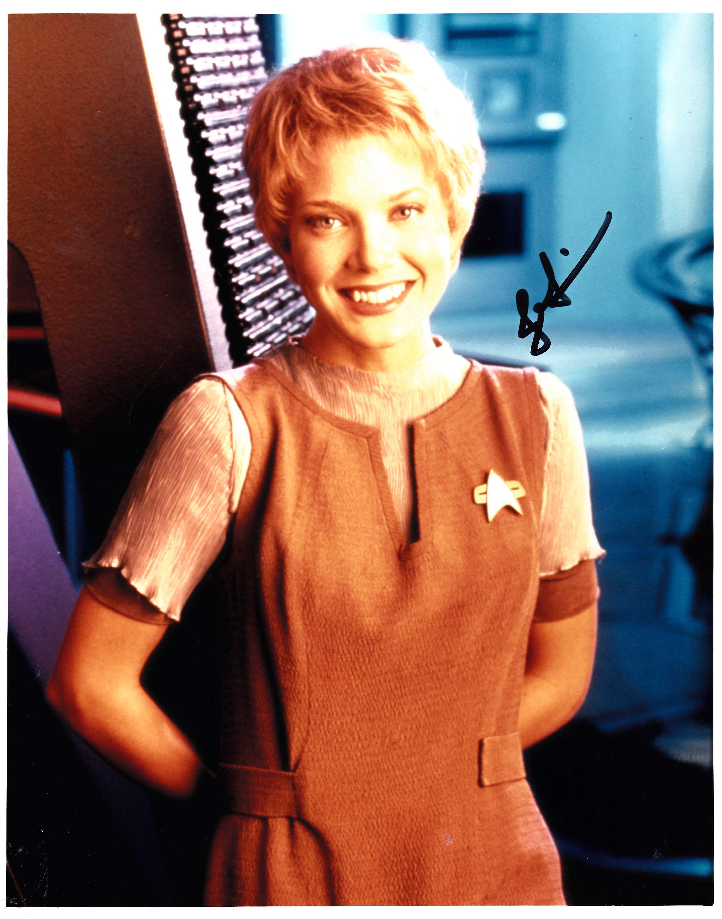 Jennifer Lien Star Trek Voyager signed 8x10 photo - Fanboy