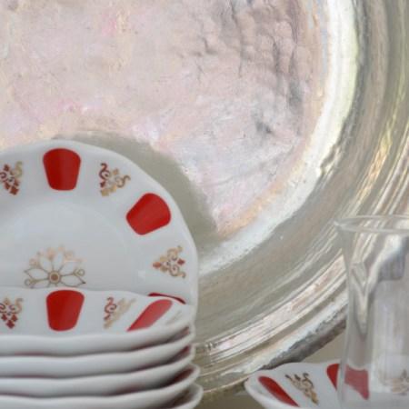 Türkische porzellan Untertassen für Teegläser, rot, blau, weiß, Turkish saucer for tea glass red blue white