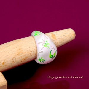 Ringe mit Airbrushschablonen gestalten