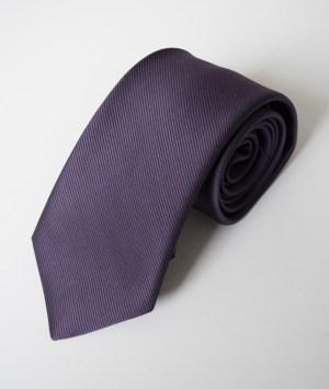 Cravate en satin côtelé marine
