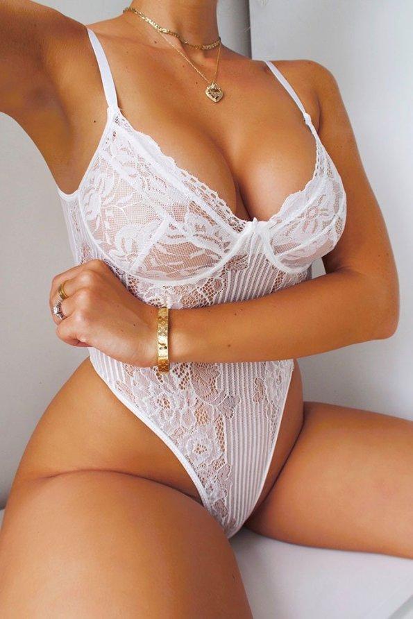 white lace2