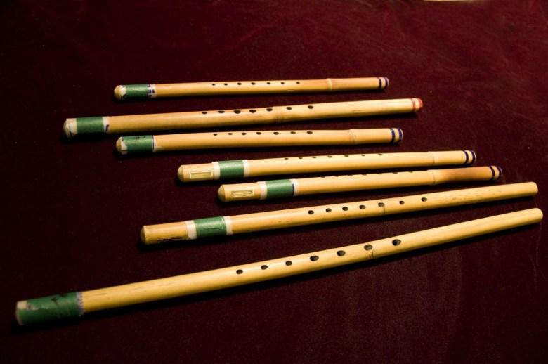 tsaaj nplaim (raj nplaim, mèo) flute from hmong people of laos