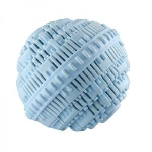 Der Bio-Waschball ersetzt Waschpulver, ist frei von Tensiden und künstlichen Aromen und spart Waschmittel, Strom und Wasser.