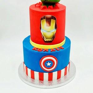 Heros Avengers cake design