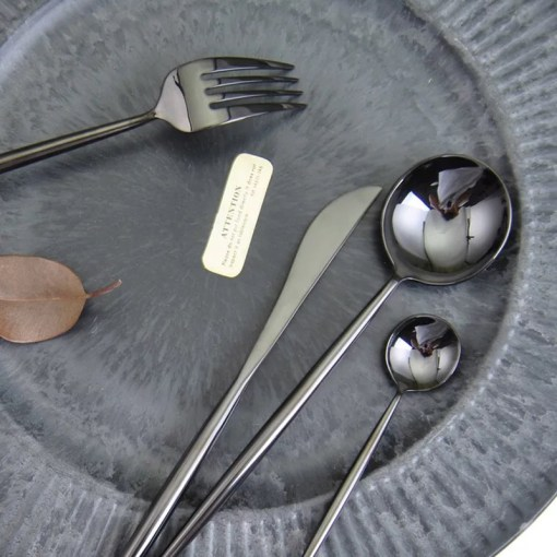 Sizzling Stainless Steel Polished Black Finish Cutlery Tableware Set