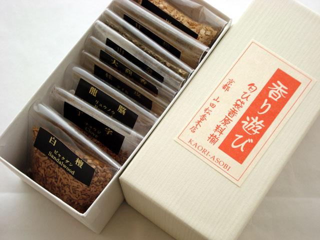 【楽天市場】山田松香木店 香り遊び 手作り匂袋 香原料揃え 【匂い袋】:香りのくぐり戸