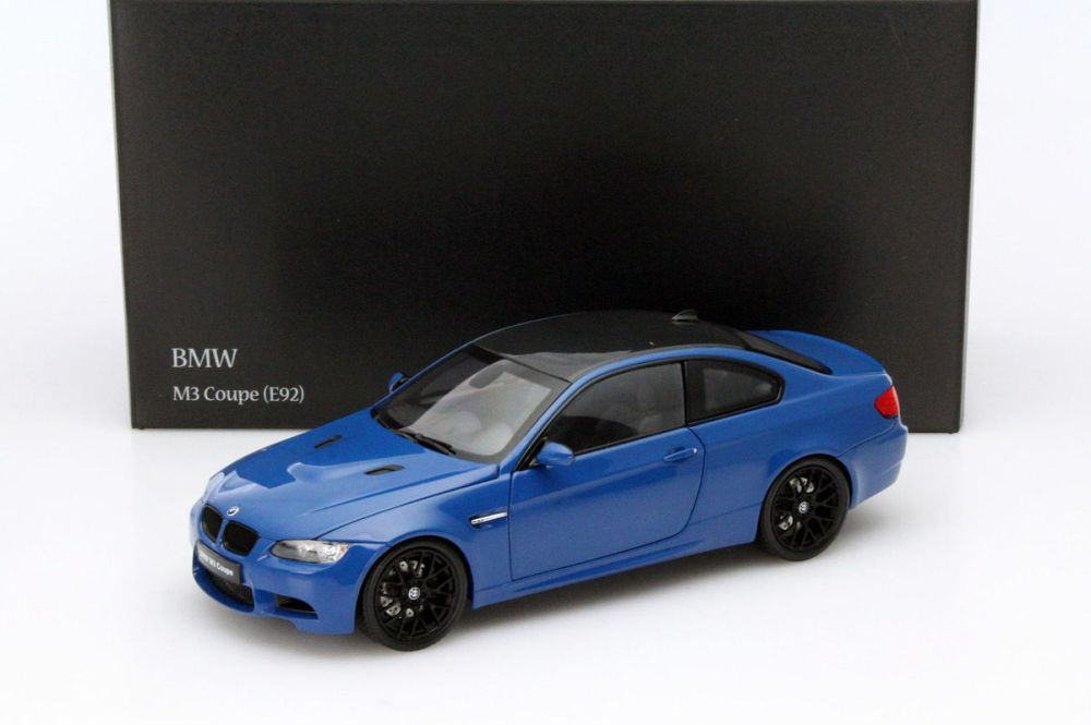 medium resolution of  kyosho 1 18 2010 model bmw m3 e92 2010 bmw m3 e92 1