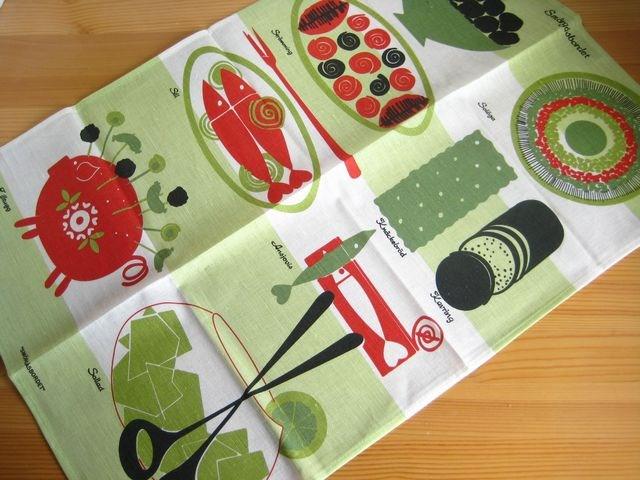 1950s kitchen table white faucet arumedarusu almedahls 莫煤气板smorgasbordet 派对桌子 厨房毛巾 交叉 使用被从1950年到70年代做的设计 现在作出各种各样的项目的arumedarusu 大型的厨房毛巾 吸水性好 并且容易使用以及并且绒毛因为站着少所以很是棉布 亚麻布的