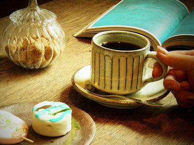 【楽天市場】信楽焼 コーヒーカップ&ソーサー 白釉流し コーヒー碗皿 セット 陶器 コーヒー...