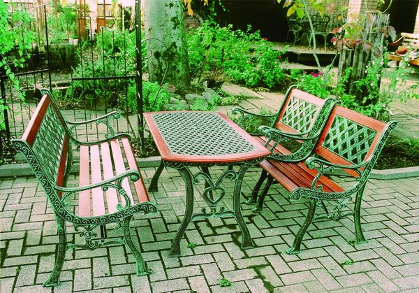 antique cast iron garden table and chairs tall hunting blind chair select tool shop set of 4 furniture hard wood a sense profound you can relax in the nice feeling